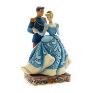 cendrillon-et-son-prince-charmant-disney-traditions