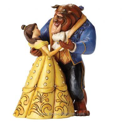 Belle et la Bête dansant
