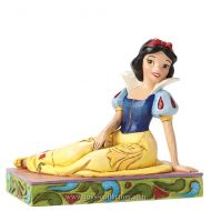 blanche-neige-assise-disney-traditions