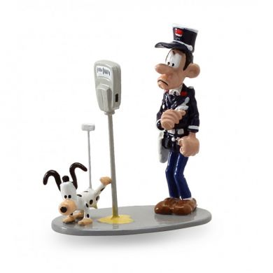Longtarin et le robot chien