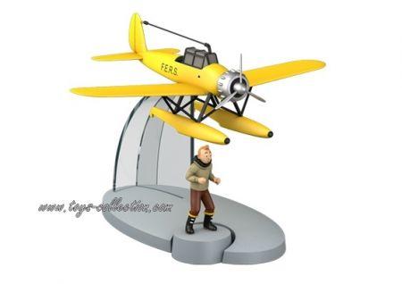 Hydravion jaune F.E.R.S de l'étoile Mystérieuse et Tintin