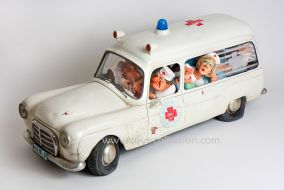 forchino-ambulance-caricature
