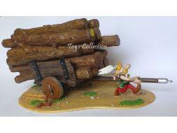 Astérix tirant la charrette de tronc d'arbre