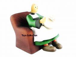 Bécassine dans son fauteuil cuir