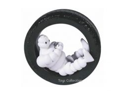 Bibendum dans le pneu