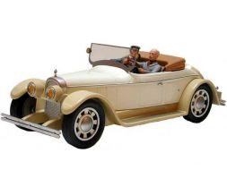 Corto dans la Duesenberg cab. 1925