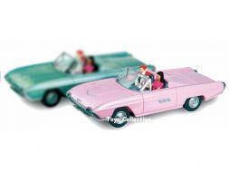 DOTTIE & PINKY dans la Ford Thunderbird 1963 rose