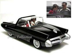Ray Banana dans la Ford Lincoln X100