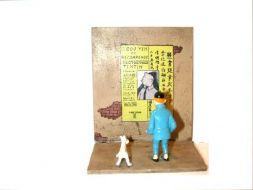 Tintin devant l'affiche #