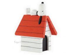 Tirelire Snoopy sur sa niche